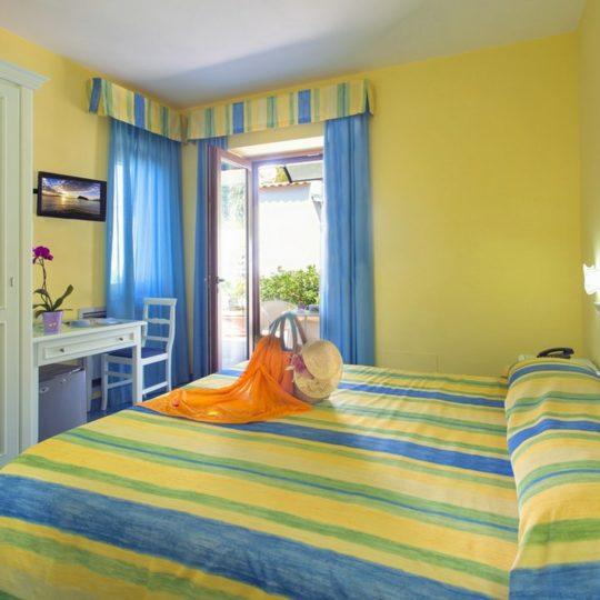 http://www.hotelcavadellisola.it/wp-content/uploads/2016/02/91A1176-Copia-540x540.jpg