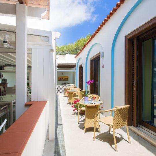 http://www.hotelcavadellisola.it/wp-content/uploads/2016/02/confoert-4-Copia-540x540.jpg