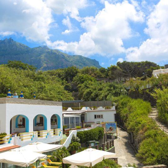 http://www.hotelcavadellisola.it/wp-content/uploads/2016/03/91A1378-Copia-540x540.jpg