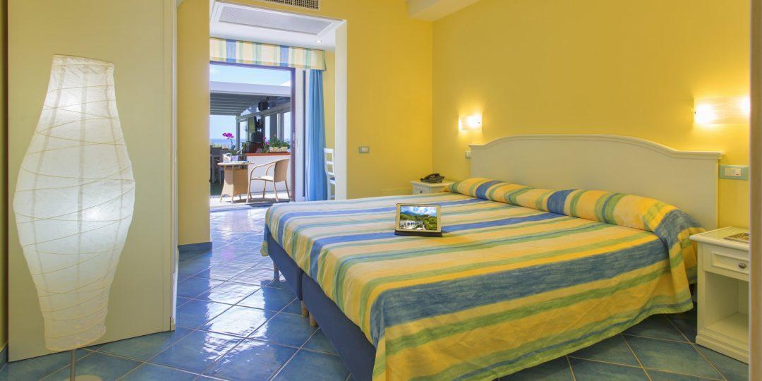 http://www.hotelcavadellisola.it/wp-content/uploads/2016/03/confort2-Copia-1080x540.jpg